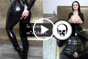 AlissaNoir: In Latex masturbiert