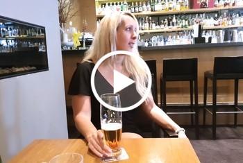AnnabelMassina: Fickgeil in der Hotel-Bar in Bonn mit XXL Facial