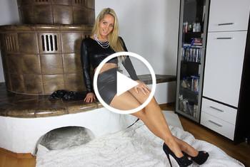 AnnabelMassina: Mit Nylon Veredelung zum Orgasmus