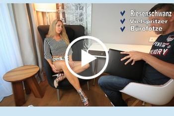 AnnabelMassina: Bestechungs Fick, Chef fickt mich quer durchs Büro