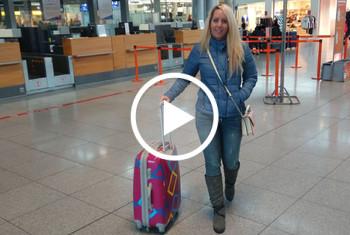 AnnabelMassina: Mitten im Flughafen gefickt