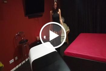 ChristyLey: Massage Öl- fick mit meinem Kundenschwanz!