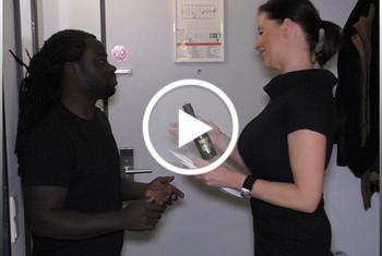 Dacada: Vom Black Zimmerboy hart durchgevögelt