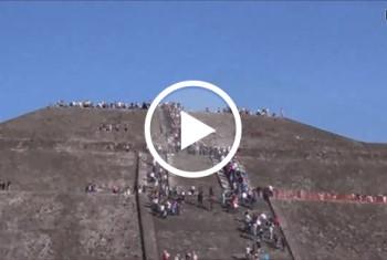 DonJohnXXX: Mega public, krass. geile blondine public an der zweitgrößten pyramide der welt gefickt. hammer