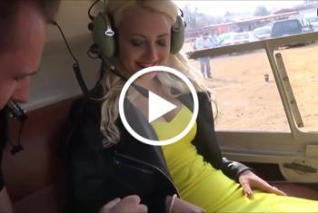 DonJohnXXX: Weltpremiere! Sex im Helikopter mit mega sexy Blondine u der Pilot kriegt nichts mit.