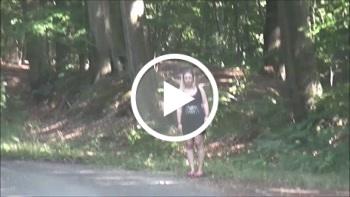 DonJohnXXX: Süße Tramperin mitgenommen u im Wald gefickt u vollgespritzt