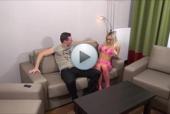 DonJohnXXX: Mega geile blondine auf dem sofa gefickt u vollgespritzt