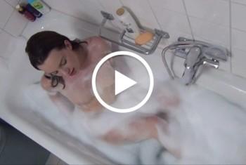 HotMila: Her mit meinem Badezusatz !!!