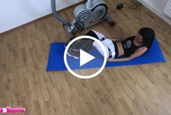 Laila-Banx: Personal Pussy Trainer - Fotzen Workout und Eiweiß Creampie