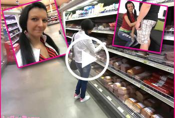 Laila-Banx: Die Sperma Schluckschlampe aus dem Supermarkt!