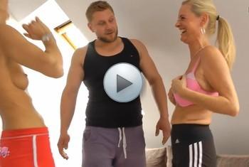 LissLonglegs: Scheiss auf Bikinifigur!Wir wollten Ficken!