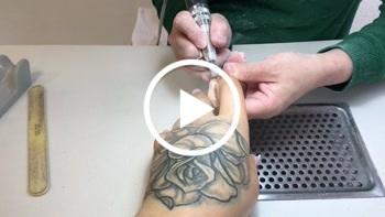 Ts-amal: Nägel lackieren im studio in pink