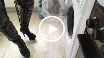 Ts-amal: Pisst in die Waschmaschine