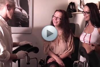 naturalchris: Der Faustfick Arzt und Schwester Vivian