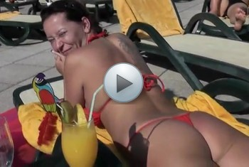 naturalchris: Pool Blowjob in Malle