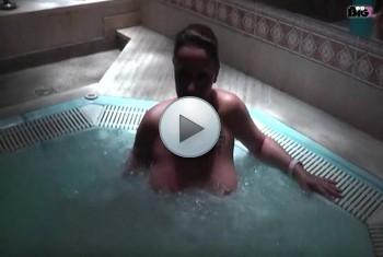 naturalchris: Blowjob im Whirlpool