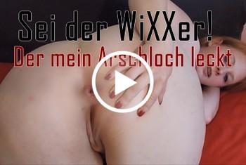 sexyvenushuegel: Grinz, wieder ein geräuschvolles Video! Geflüster und geile Pipigeräsche.