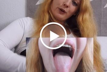 sexyvenushuegel: Das Ejakulat auf die Zunge bitte