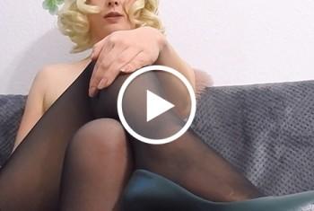 sexyvenushuegel: SissyFotze brauch Samenergüsse
